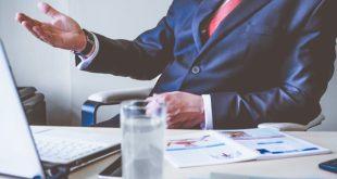 למה לא כדאי לוותר על שירותיו של יועץ כלכלי לעסק?